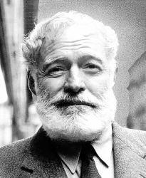 AVT_Ernest-Hemingway_8488