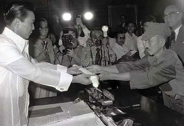 President_Marcos_and_Hiroo_Onoda
