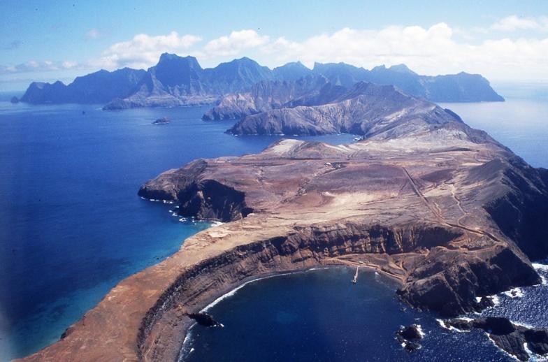 Mas a Tierra island Robinson Crusoe Selkirk