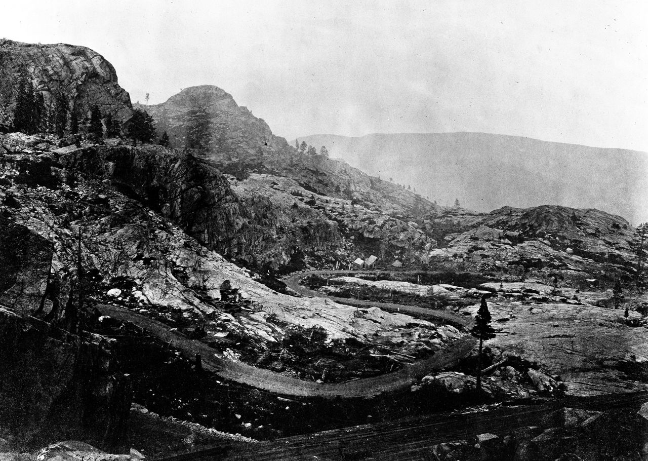 Donner Pass picture Donner Party