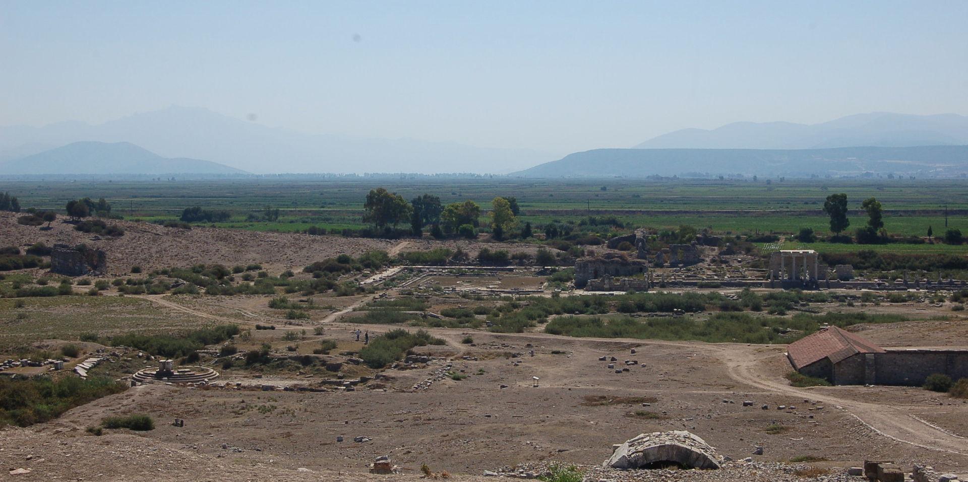 1920px-Miletus_Northern_Agora